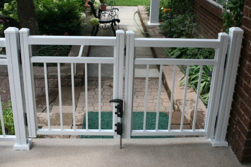 Aluminum Railing | Outdoor Railing | Glass Railing | Railing Toronto :  Craft Bilt