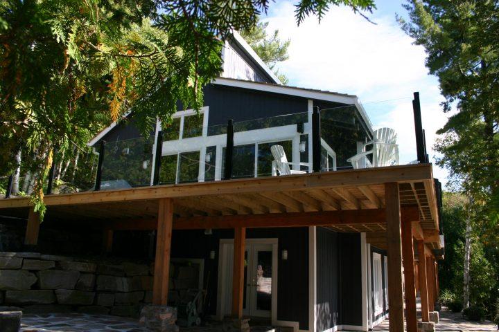 topless glass railing aluminum posts