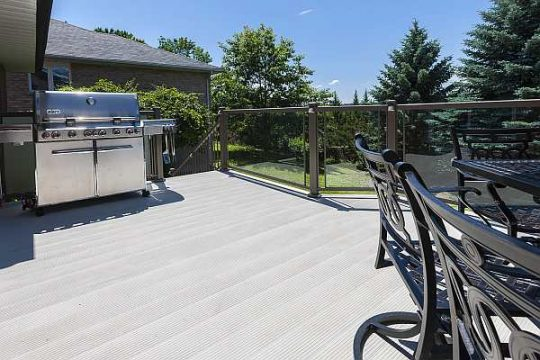 Aluminum decking with railing