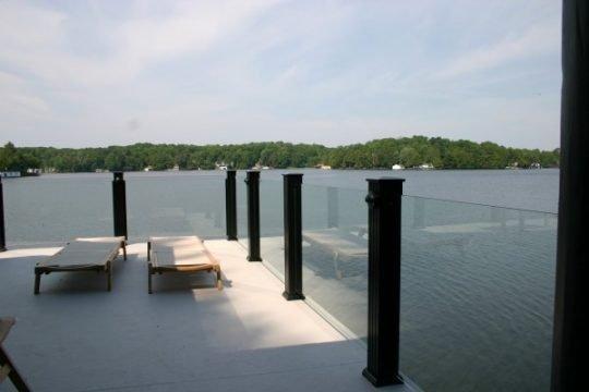 topless-glass-railing-sun-and-lake