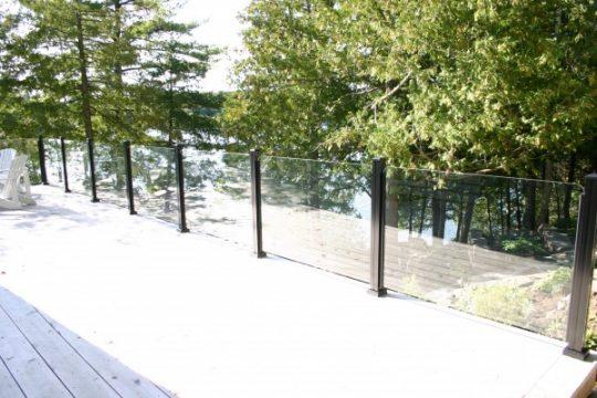 glass-railing-ontario-muskoka