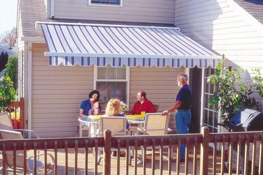 Retractable Awning for Patio