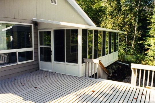 Three season sunroom with vista windows