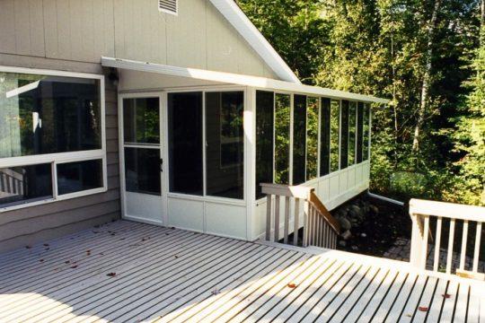 Three season sunroom with vista windows