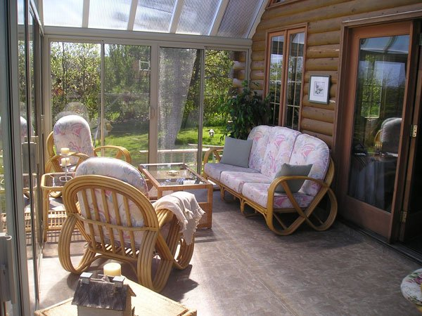 3 Season Sunroom with Polycarbonate Roof