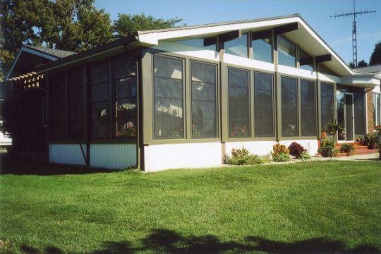 4 track stacking windows